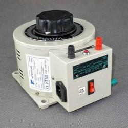 AUTO KIEA 8 230/0-260V 6,5A obudowany autotransformator regulacyjny Breve